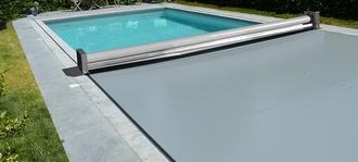 Prix d 39 une couverture de piscine en 2020 - Couverture piscine automatique prix ...